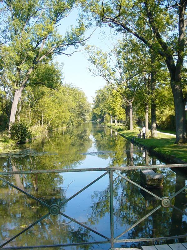 Les-canaux-de-Académie-de-Chantilly