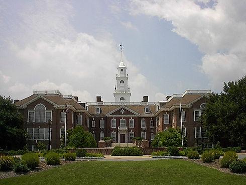 DE State Capitol Bldg.jpg