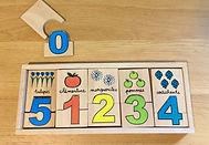 Série de puzzles de 2 pièces associant nombres et quantités