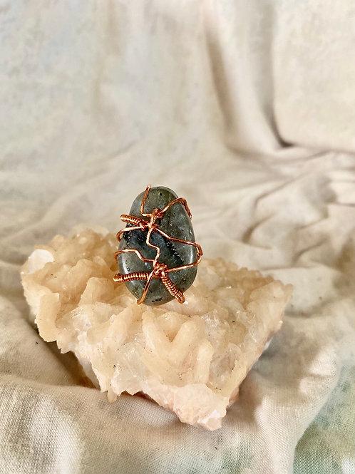 RINGS: Labradorite w/ Copper Sz 8.5