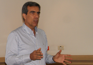 Diálogo sobre proceso electoral