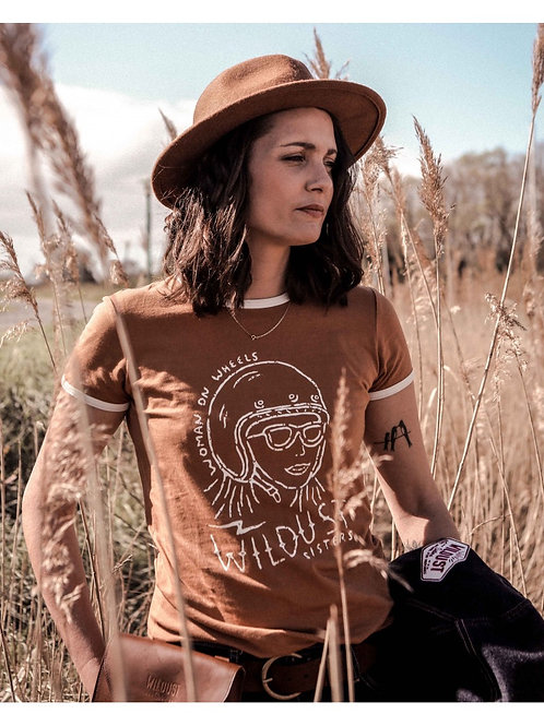Wildust Sisters Retro T-shirt