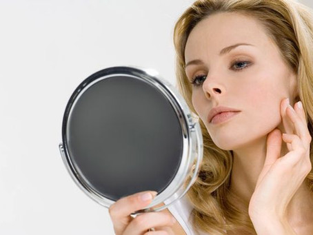 Can I Wear Makeup Even If I Have Acne?