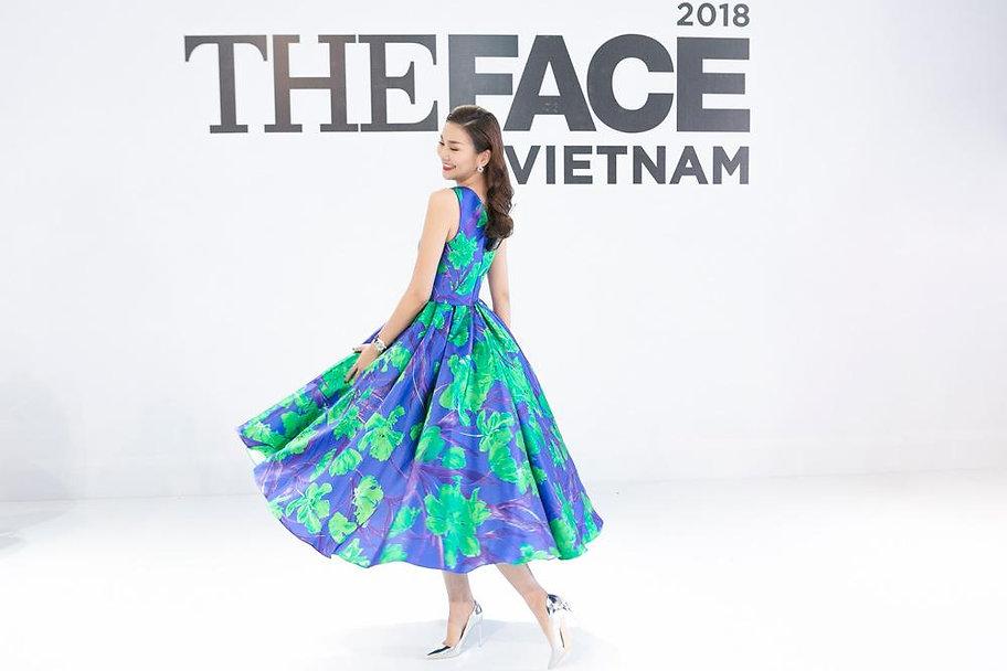 the-face-fans-choang-vang-voi-kha-nang-c
