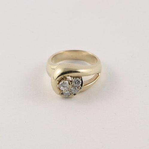 14K Chunky Diamond ring