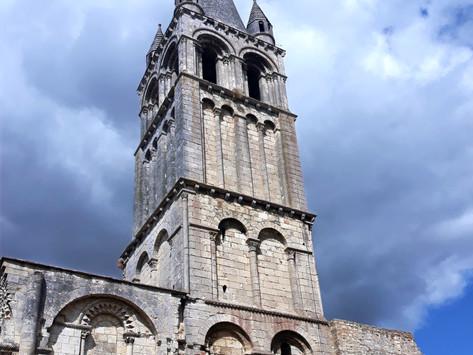 Visita a la Abadía de Déols