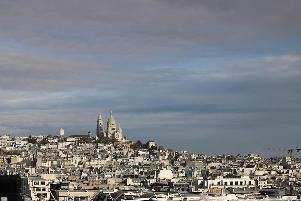 Basílica del Sagrado Corazón vista desde la terraza de las galerias Lafayette