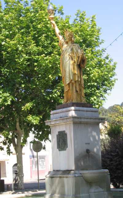 saint-cyr-sur-mer, estatua-de-la-libertad