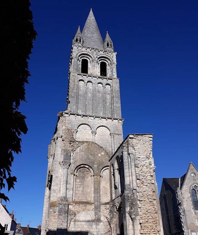 Campanario de la Abadía de Déols
