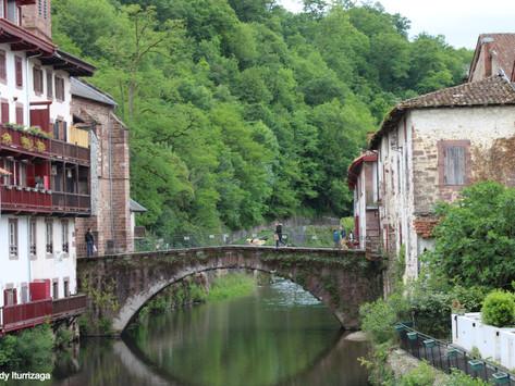 Visitando San Juan Pie de Puerto en el País Vasco