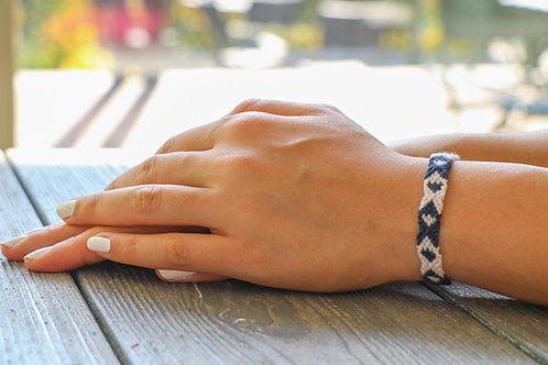 دستبند رزبافت, Rosebaft bracelet