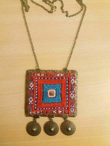 گردنآویز بزرگ, Great necklace