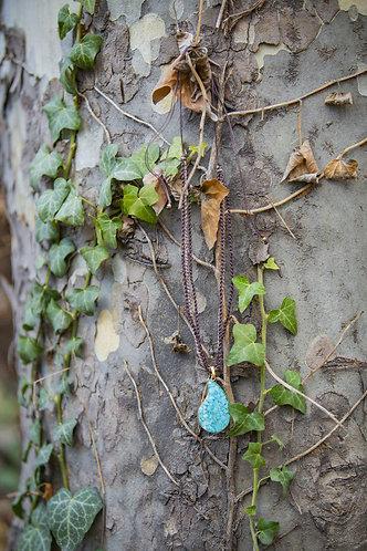 گردنبند رزین بتهجقه, Pasiley shape necklace