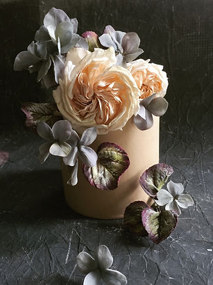 garden rose, single tier- Maggie Austin.