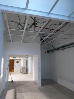 תכנון תקרה חדר נקי