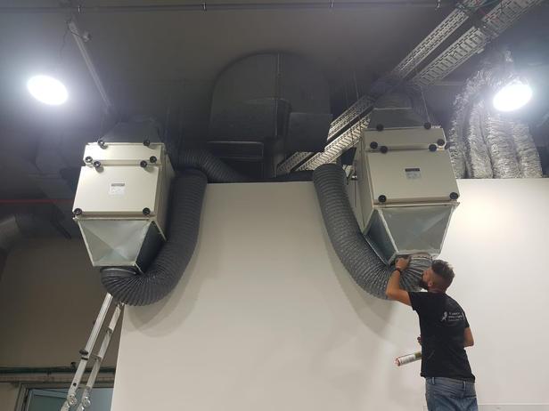 סינון פליטת אוויר (תנורים) דרך מערכות bibo, יחידות ffu, דלתות וחלונות, אינטרלוק ובדיקות הסמכה.