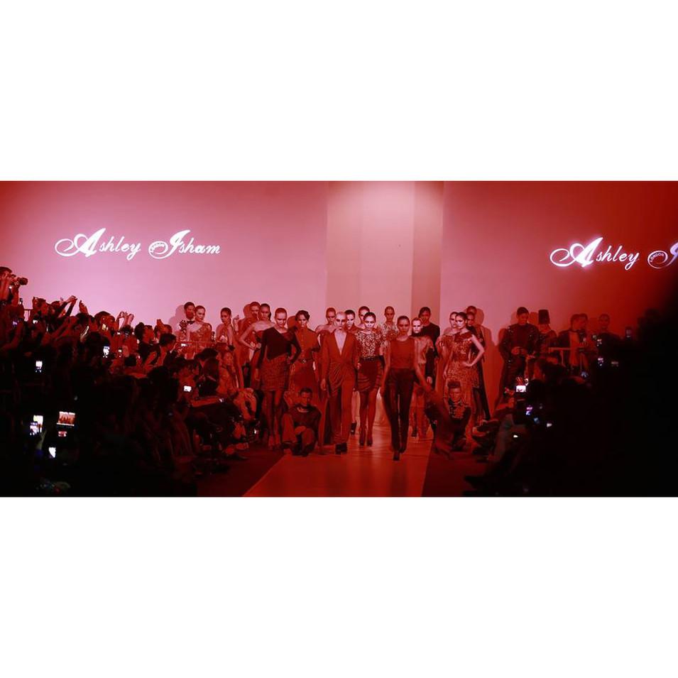Aslhey Isham Fashion  Show