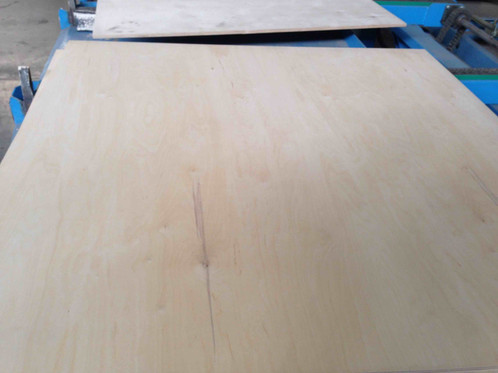 Size: 1220mm х 2440mm; 1525x3050; Thickness: 4mm; 6.5mm; 9mm; 12mm;18 Mm;  Birch B/BB Plywood U2013 Interior   FSC Certificate Available Plywood Produced  With ...