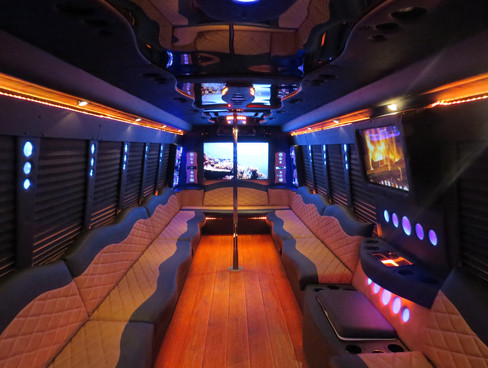 grizzly-party-bus-rental-limo-service-re