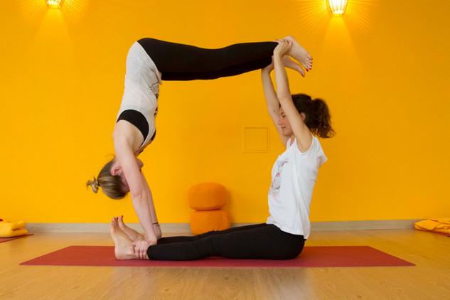 Yoga Partner 5.jpg