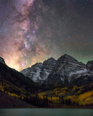 milky-way-over-maroon-bells-aspen-colora