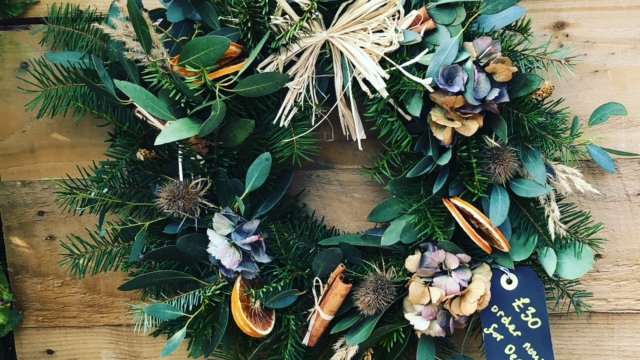 Traditional scented wreath