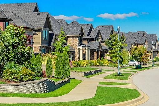 landscaping-neighborhood_edited_edited.j
