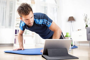 persona entrenando online.jpg