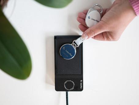 Adgangskontrol til PC, maskiner mm.