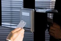 Elektronisk stempelur til tidsregistrering - Real Data A/S
