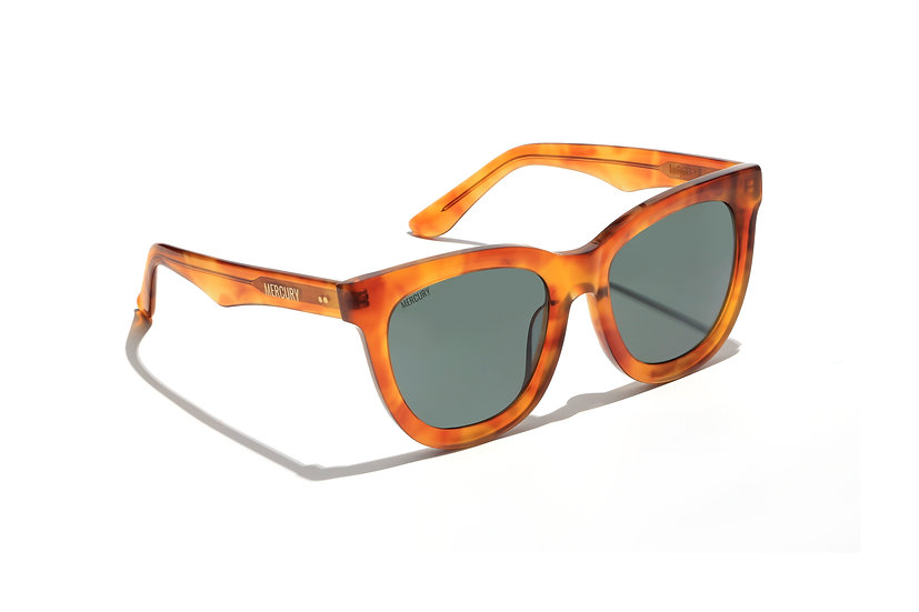 Juniper II - Light Brown Havana Butterfly Sunglasses