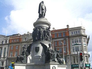Daniel O' Connell Monument | Sightseeing