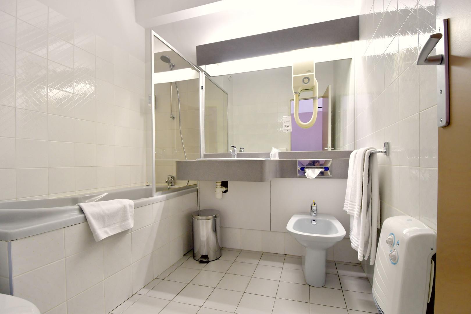 Salle de bain - Chambre Double Standard
