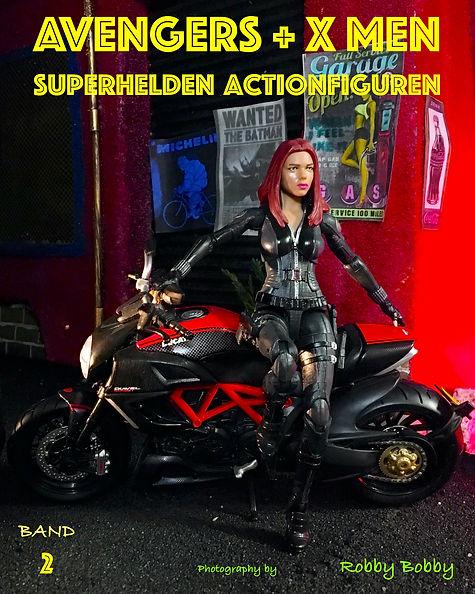 Buch Superhelden Band 2 auf Deutsch