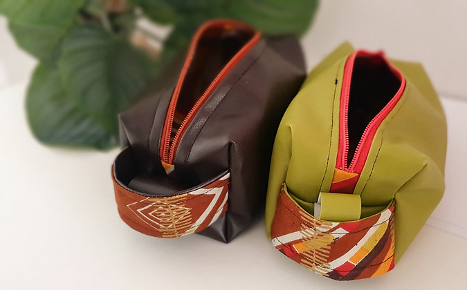 "Toiletry bag ""Mfuko mdogo""Leather"