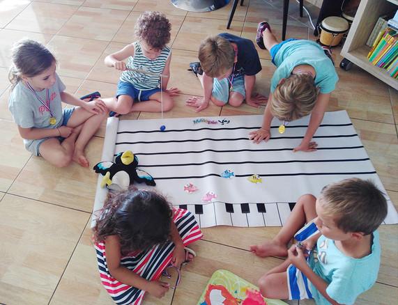tapis de portee mini conservatoire des iles.jpg