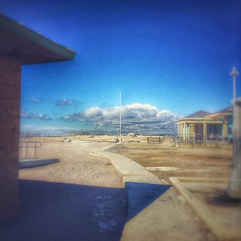 """Unknown destination but following the path"" - Marseille 2018 - série BLUE MOOD"