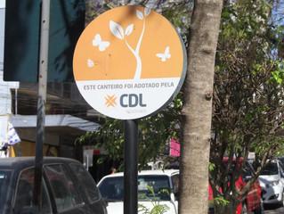 Passo Fundo | CDL realiza reparo em canteiros durante a primavera
