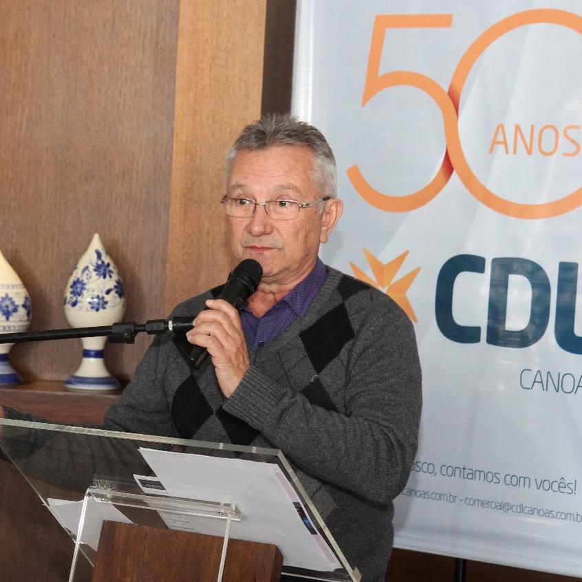 Prefeito de Canoas Luiz Carlo Busato