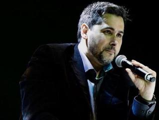 O brasileiro que fundou negócio milionário aos 23 anos e virou 'guru antivitimismo'