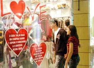 Frio ajuda mas vendas para Dia dos Namorados tiveram queda de 2%
