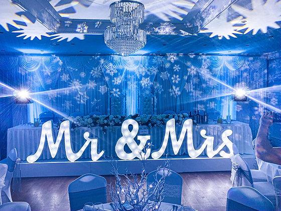 Italic Mr & Mrs