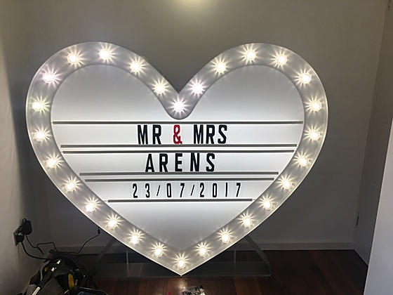 5ft Led Heart Lightbox