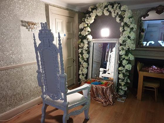 Princess Magic Mirror Throne
