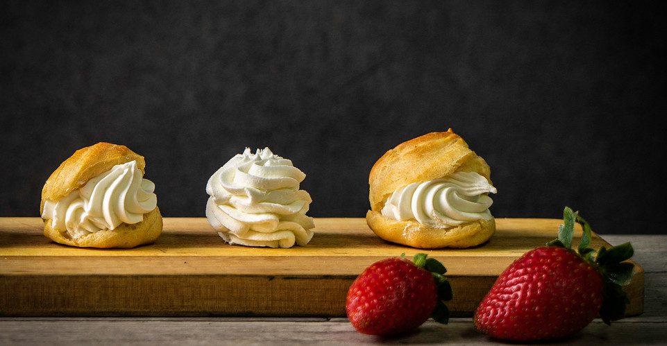 Vanilla-flavored puff pastry