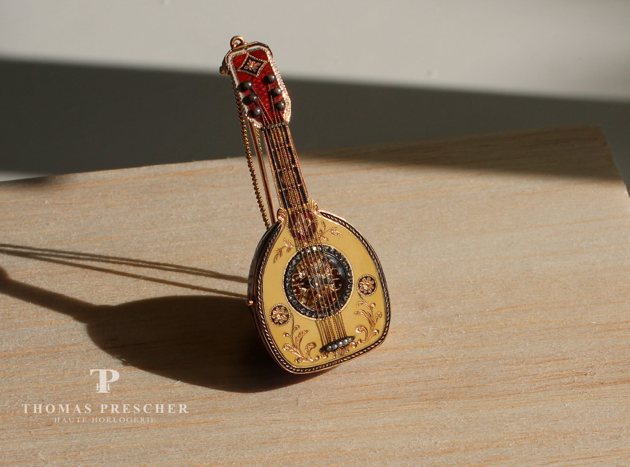 Motiv Watch: Mandolin
