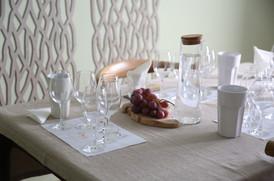 Sommelier | Teresa Gomes | The Wine Flat | Table