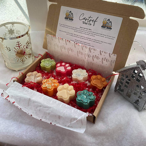 Paw Print Christmas Melts by Cartref Wax Co