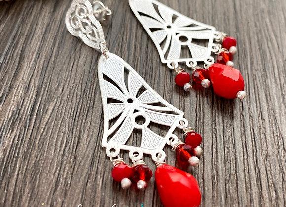 Aros Enchape de Plata 950 y cristales Rojos. Miden 6 cms de largo