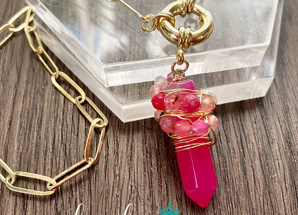 Amuleto *AUTOCONFIANZA* Cadena 45 cms. Enchape de Oro 18k. Piedra Agata